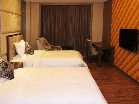 Shengshi Suite