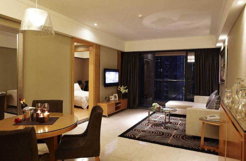 Feature 2-bedroom