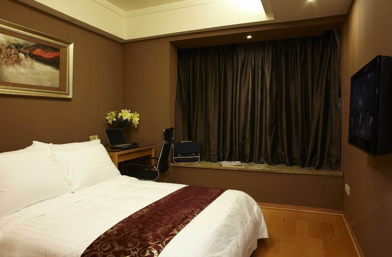 Business 2-bedroom Room
