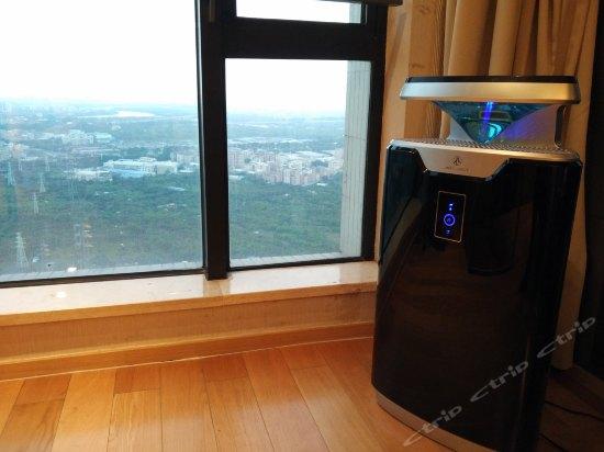 Deluxe Smart Health Suite
