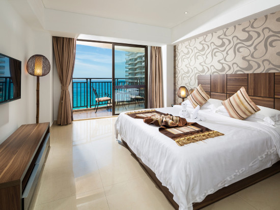 Deluxe Ocean-view Family Suite