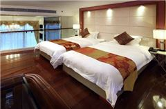 Multi-level Suite Twin Room