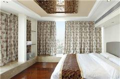 复式豪华三卧套房
