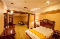 Venice Villa Deluxe Queen Room
