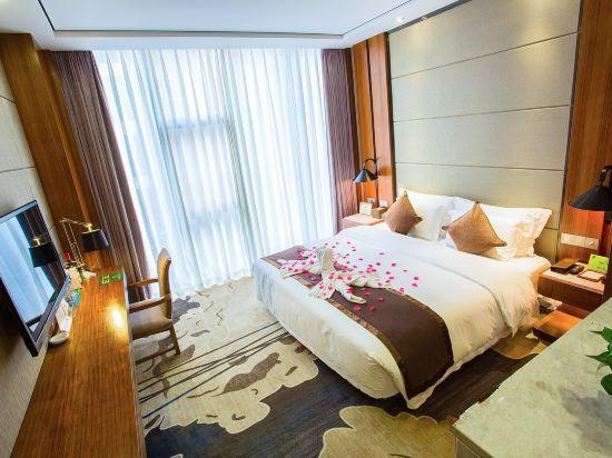 Executive Queen Room A