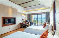 Deluxe Ocean-view Twin Room