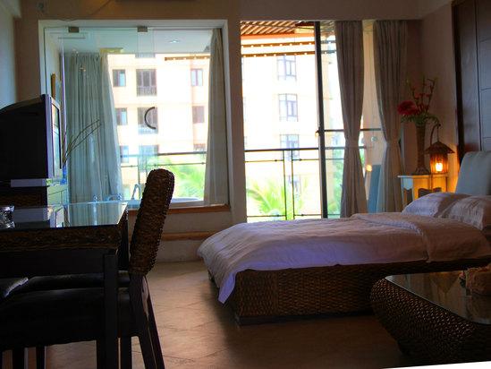 浪漫园景大床房