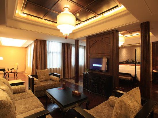 Suite B