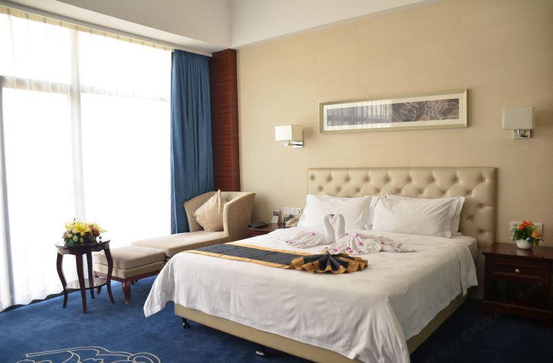 2栋豪华大床房