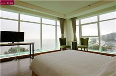 Bay Room Beach Front