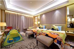 Family Theme Twin Room