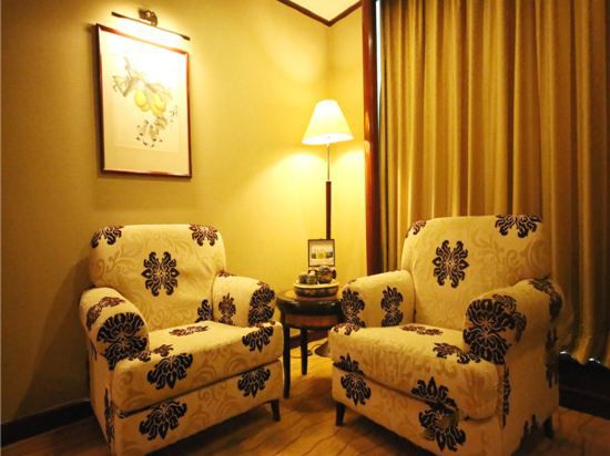 JinYuanGe  Standard  Room