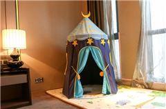 Children Queen Room