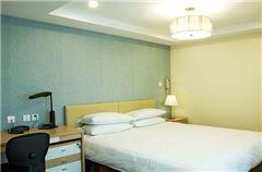 公寓楼两居室