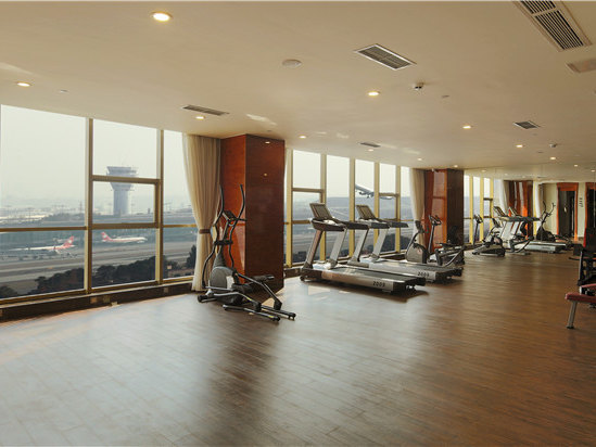 健身房機景
