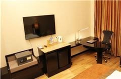 Panoramic Business Queen Room