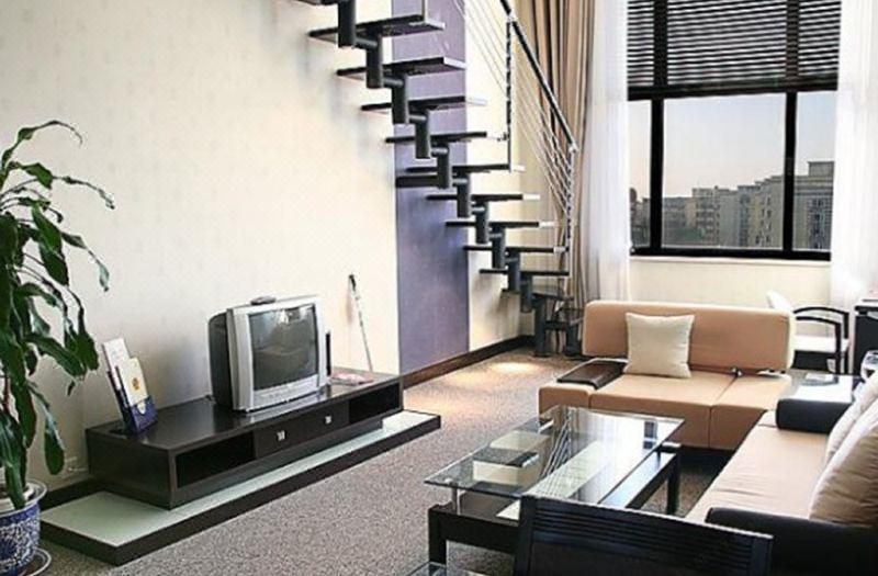 Superior Multi-level Suite