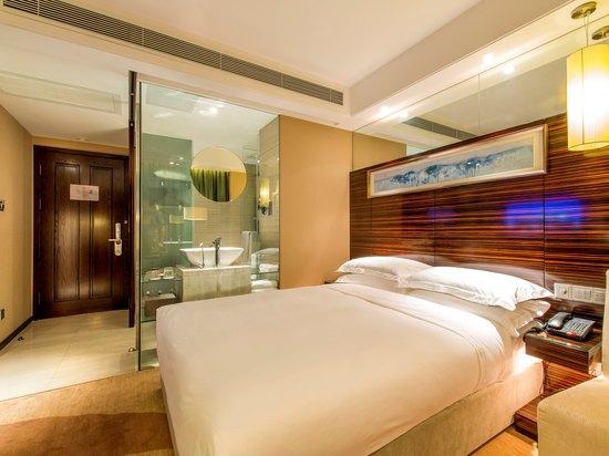 普通大床房