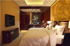 Deluxe Family 2-Bedroom Suite