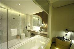 Arc Comfort Room