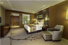 Enoyed Queen Room