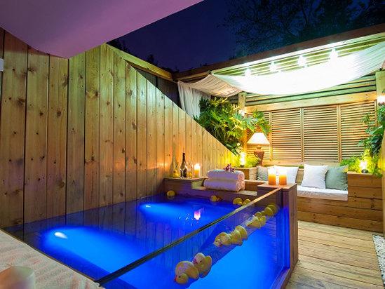 露台汤池房