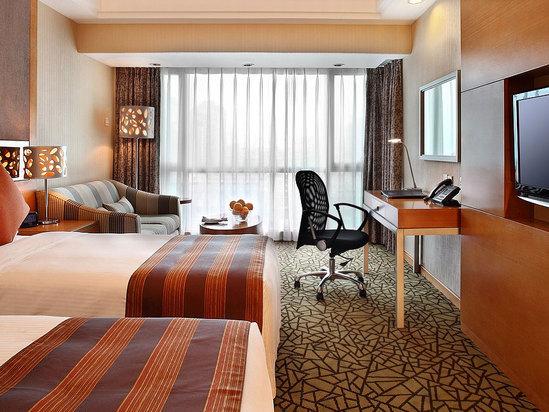 Plaza Club Suite