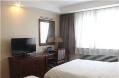 2-bedroom Suite Triple Bed