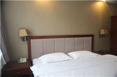 1-bedroom Standard Queen Room
