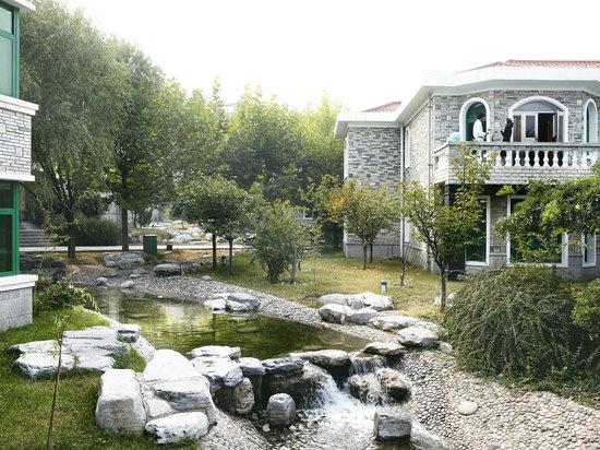 6 Bedrooms Villa