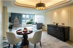 Business River View Suite