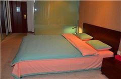 屌丝舒适大床房