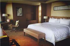 Superior City-View  Queen Room