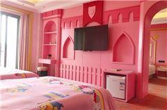 梦幻粉色公主套房
