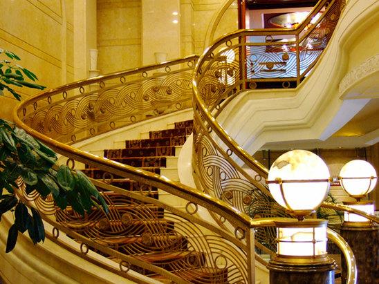 中餐厅楼梯