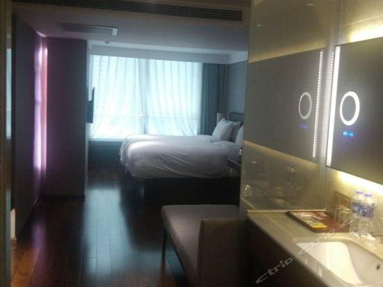豪华套房双床房