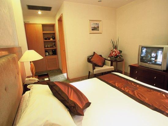 Superior Room B