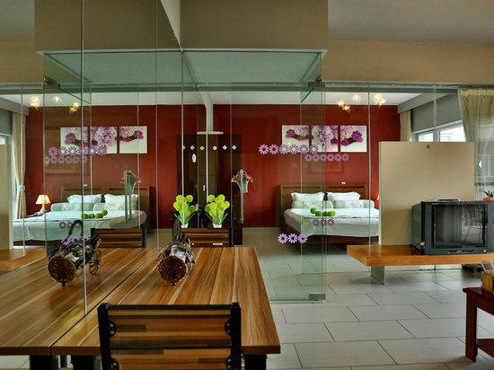 紫丁香套房(豪華園景74平)