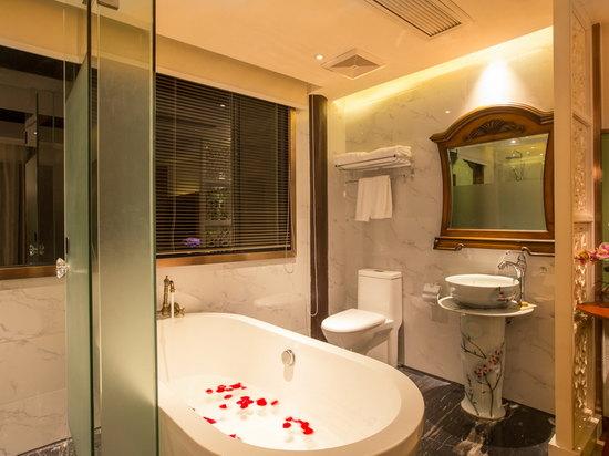 滿庭芳豪華浴缸大床房