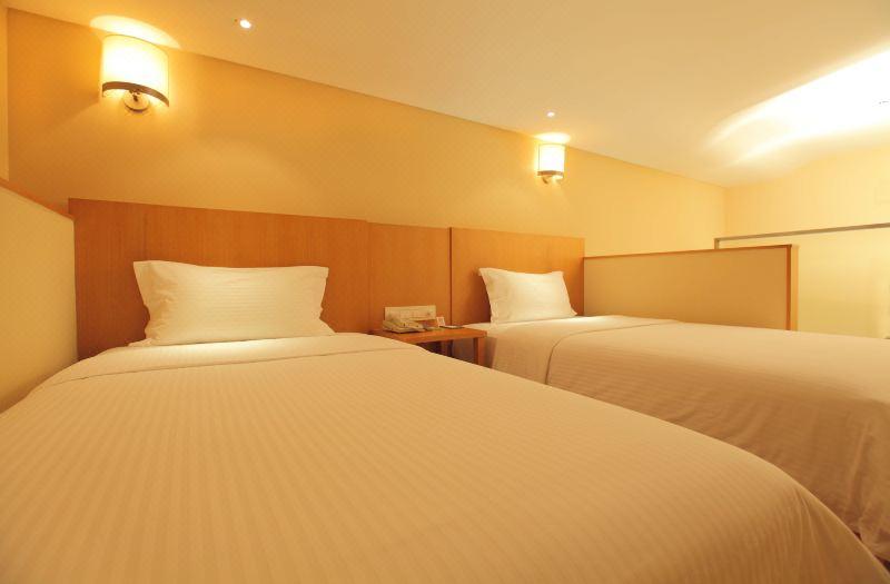 復式雙床房