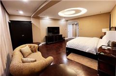 Deluxe Selected Suite