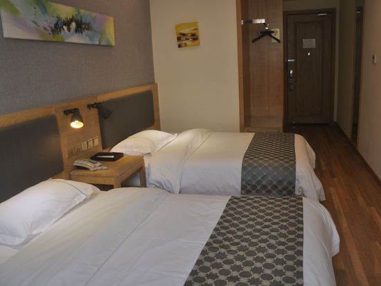 Lihe Comfort Twin Room