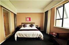 曼選大床房