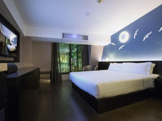 Moonnight Balcony Room