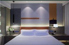 现代主义观景大床房