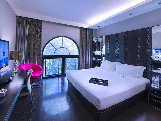 观景高级大床房