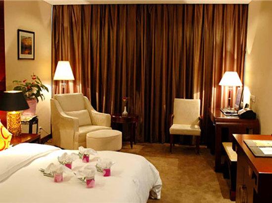Xinan River-view  Queen Room