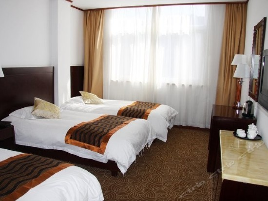 Triple Room