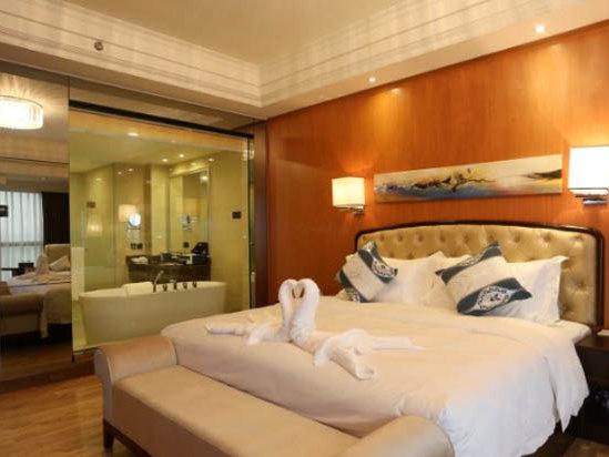 豪华大床房