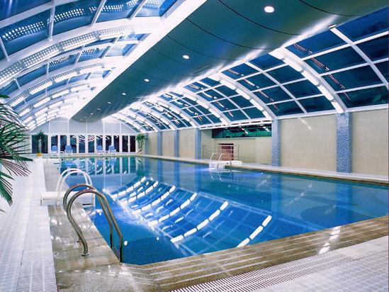 室內恒溫游泳池